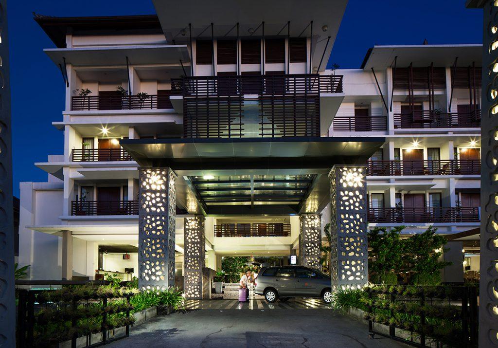 Sun Island Hotel and Spa Kuta Facade