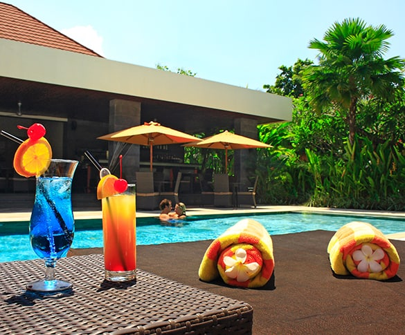 Sun Cafe at Sun Island Boutique Villas and Spa Seminyak